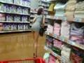 帶著女友去體驗超市外露的刺激